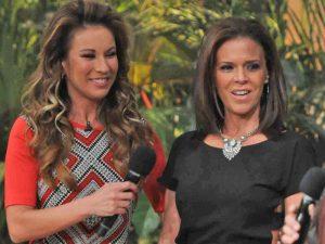 Ingrid Coronado presentó a Claudia Álvarez, esposa de Miguel Herrera. Foto: Cortesía TV Azteca