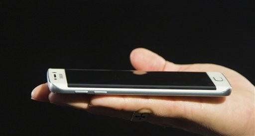Samsung y HTC presentan nuevos celulares Android