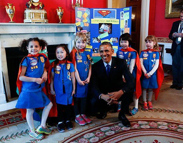 """""""Superchicas"""" de 6 años conquistan a Obama con invento"""