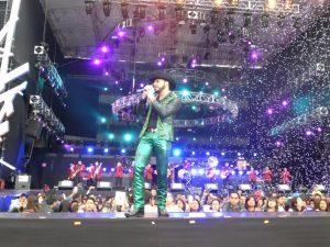 """Saúl """"El Jaguar"""", interpretó los temas """"Que Quede claro"""" y """"Número Equivocado"""". Foto: Cortesía de Televisa"""