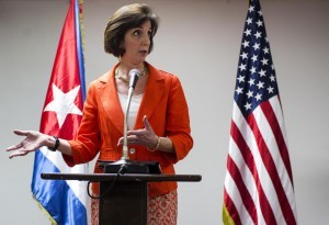 La secretaria de Estado adjunta para América Latina, Roberta Jacobson, confió en que se alcanzará un acuerdo para reabrir embajadas y normalizar las relaciones con Cuba. Foto: AP