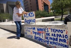 Activistas confían en que el juez Murray Snow tome la mejor decisión en el juicio contra Joe Arpaio. Foto: Samuel Murillo