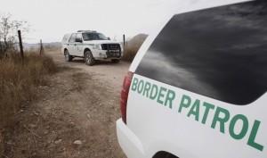 Según el informe, ciudadanos estadounidenses presentaron 50 denuncias de abusos por parte de agentes y oficiales a la ACLU el año pasado. Foto: AP