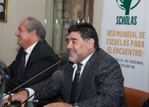 Claudia Villafañe fue la primera esposa de Maradona y tuvieron dos hijas, Dalma y Gianina. Foto: Notimex