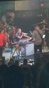 El cantante complació a sus fanáticos de Phoenix. Foto: Cortesía Isabel Vázquez