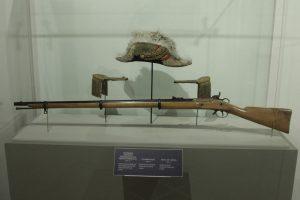 La exhibición incluye objetos y el uniforme del general Ignacio Zaragoza. Foto: Notimex