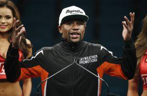Floyd dijo que este lunes podría renunciar a sus títulos welter del Consejo Mundial de Boxeo (CMB), Asociación Mundial (AMB) y Organización Mundial (OMB), y el superwelter del CMB. Foto: AP