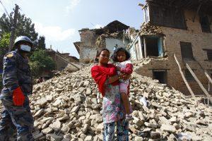 El Fondo de la ONU para la Infancia (UNICEF) calcula que 1.7 millones de menores nepalíes requieren de ayuda humanitaria urgente en las zonas más afectadas por el terremoto en Nepal. Foto: Notimex