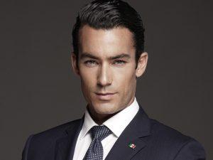 Aarón Díaz reveló que ya se casó con Lola Ponce. Foto: Cortesía de Telemundo