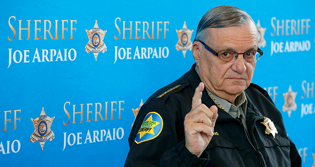 Fallo levanta medida cautelar contra Joe Arpaio