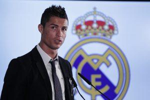 40312058. México, DF.- El futbolista portugués Cristiano Ronaldo dos Santos Aveiro es poseedor de una habilidad y rapidez que demuestra constantemente en el terreno de juego y que lo ha llevado a ser considerado el mejor jugador del mundo en la actualidad. NOTIMEX/FOTO/ARCHIVO/STAFF NTX/SPO/