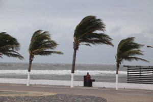 Las lluvias pueden estar acompañadas de chubascos, tormentas eléctricas, caída de granizo y vientos fuertes. Foto: Notimex