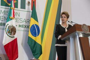 Dilma Rousseff destacó que la mayor inversión de Brasil se enfoca en la industria petroquímica, por lo que a partir de las mencionadas reformas en México se potenciará su desarrollo. Foto: Notimex