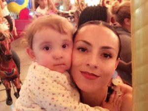 Ivonne Montero compartió en su cuenta de twitter esta foto con Antonella en el día de su cumpleaños 2. Foto: Cortesía