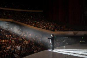 La noche del sábado 18 de abril, rompió su primer récord al ofrecer un concierto con duración de 5 horas y 34 minutos. Cortesía Auditorio Nacional. Foto: Cortesía
