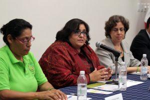 Nora Gallegos (centro), directora de la Red de Coaliciones Comunitarias de México. Foto: Notimex