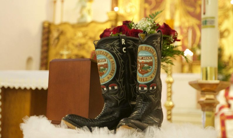 Realizan memorial en honor a Raúl Castro en Nogales