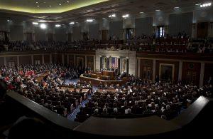Con su aprobación legislativa, el Congreso dispondrá de un periodo de 30 días para aprobar o rechazar un eventual acuerdo. Foto: AP