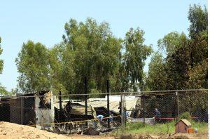 """La madrugada del martes se registró un incendio en el asilo """"Hermoso Atardecer"""", en el Valle de Mexicali, el cual albergaba a 44 personas en situación de calle. Foto: Agencia Reforma"""
