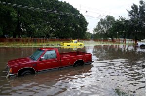 La situación que se vive con las lluvias evidencia los problemas de la red de alcantarillado de la zona metroplotana. Foto: Agencia Reforma