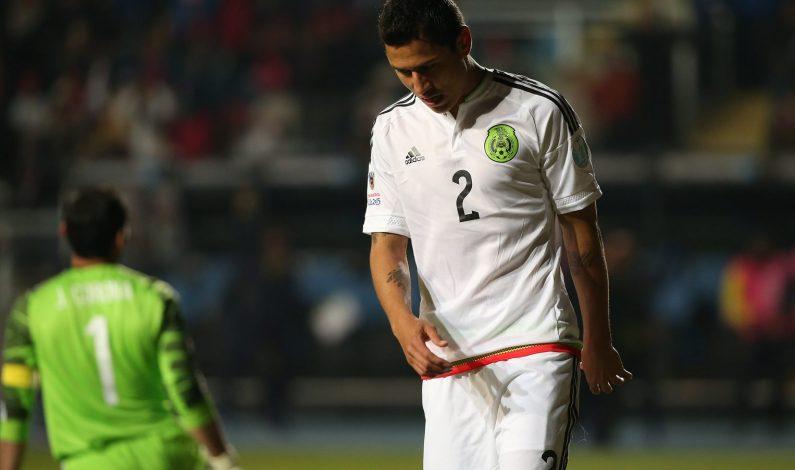 México se despide de Copa América al caer 2-1 con Ecuador