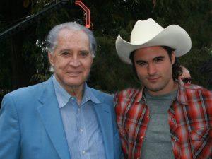 Aldo Guerra está muy orgulloso de su papá, el primer actor Rogelio Guerra. Foto: Mixed Voces