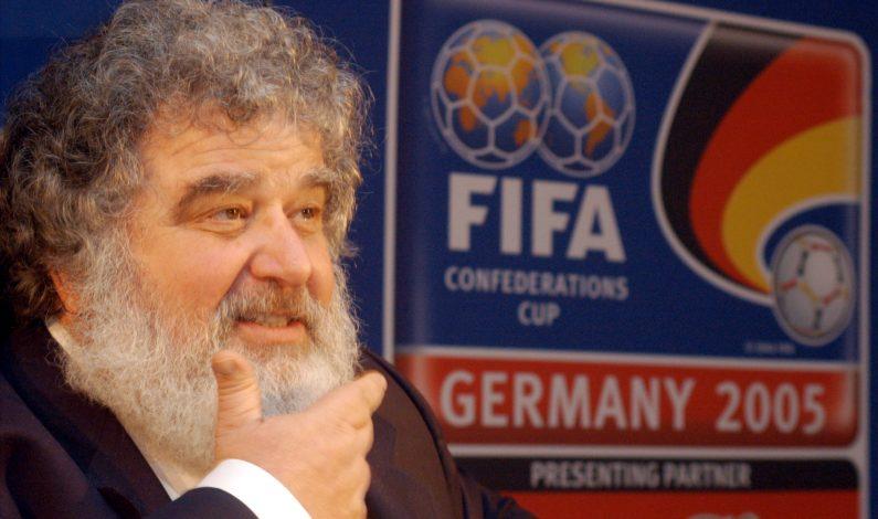 Chuck Blazer confiesa sobornos por Mundial 2010