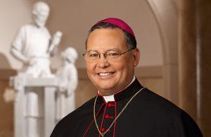 Eduardo A. Nevares, Obispo Auxiliar de la Diócesis de Phoenix. Foto: Cortesía Catholicsun.org