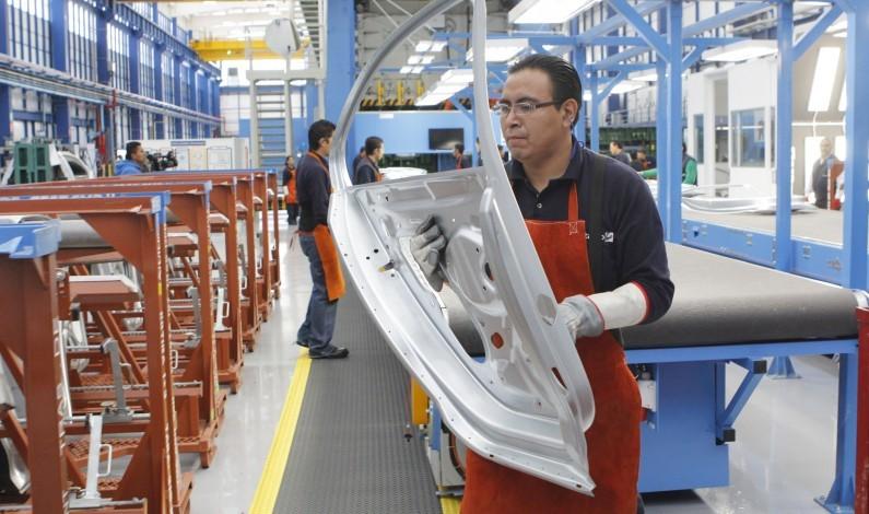 Se acelera el crecimiento de producción industrial de EU