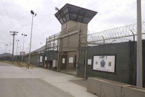 El cierre de Guantánamo sería otro gesto de buena voluntad para regularizar las relaciones con Cuba. Foto: AP