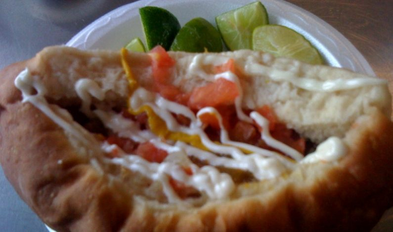 Inmigrante revoluciona el hot dog enArizona