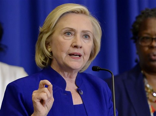 Clinton enfoca su campaña a la lucha por la clase media