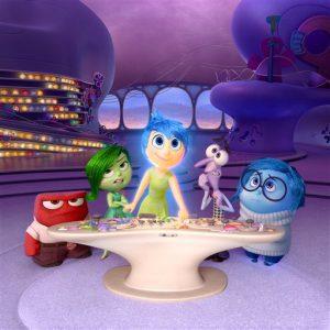 """Los personajes de la película"""" de Disney-Pixar: Furia, Desagrado, Alegría, Temor y Tristeza en una escena de la cinta en una imagen proporcionada por Disney-Pixar. Foto: Disney-Pixar via AP"""
