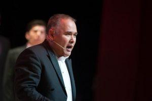Javier puntualizó que México necesita de la cultura, necesita del arte. Foto: Auditorio Nacional. Fernando Aceves