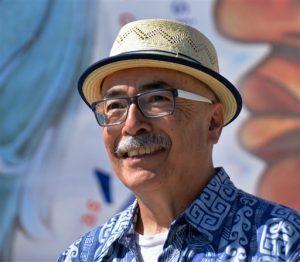 Herrera se dijo abrumado y honrado de ser el primer poeta laureado de ascendencia de Estados Unidos. Foto: AP