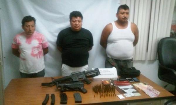 Cae ex alcalde con arma y droga en Chiapas