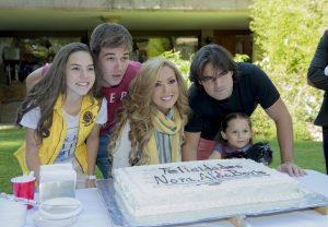 Los festejados fueron Ceci Flores, Boris Duflos, Nora Salinas y Aldo Guerra. Foto: Cortesía de Televisa