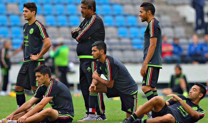 Herrera adelanta 11 de México contra Perú este miércoles