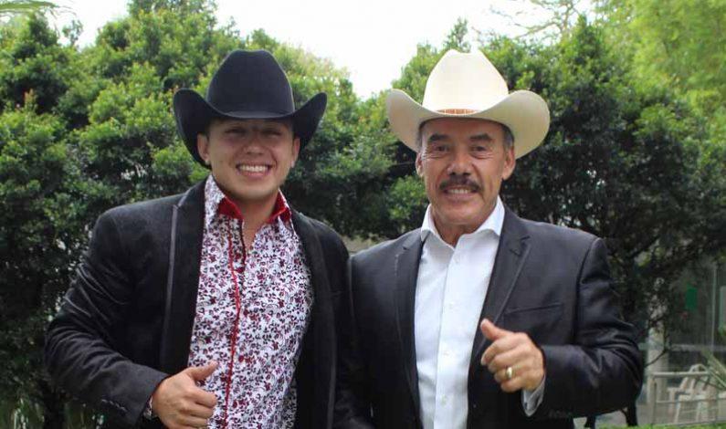 Pedro Rivera apadrina al joven sonorense Michael Pelayo