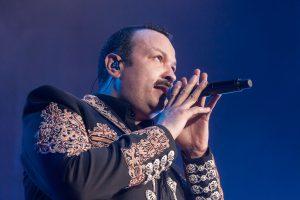 Pepe Aguilar ha estado toda su vida en los escenarios. Foto: Ocesa