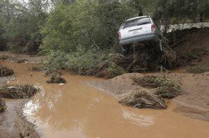 Las fuertes lluvias monzónicas en 2014 causaron grandes inundaciones y afectaron infraestructura urbana y viviendas. Foto: AP