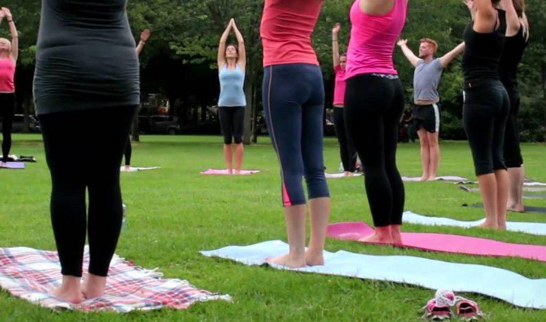Yoga gratis en el Mesa Urban Garden