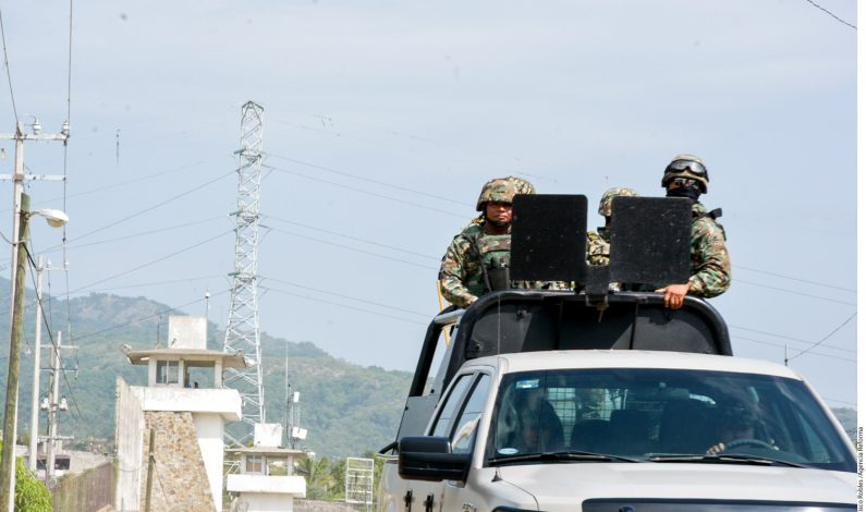 Realizan operativo en cárcel de Acapulco