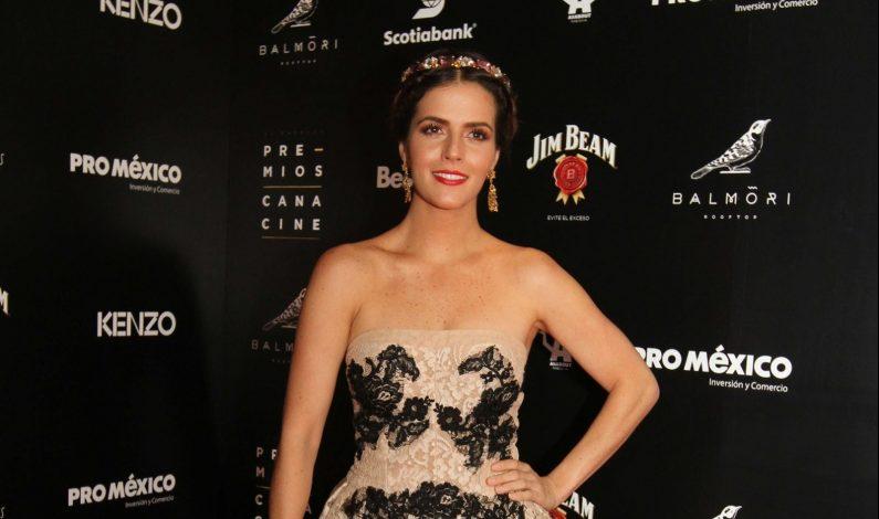 "Claudia Álvarez será ""Simplemente María"""