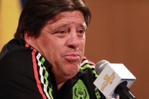 En conferencia de prensa, el técnico Miguel Herrera, descartó sentir algún tipo de temor porque su ciclo llegue a su fin en caso de fracasar en Copa Oro 2015. Foto: Notimex