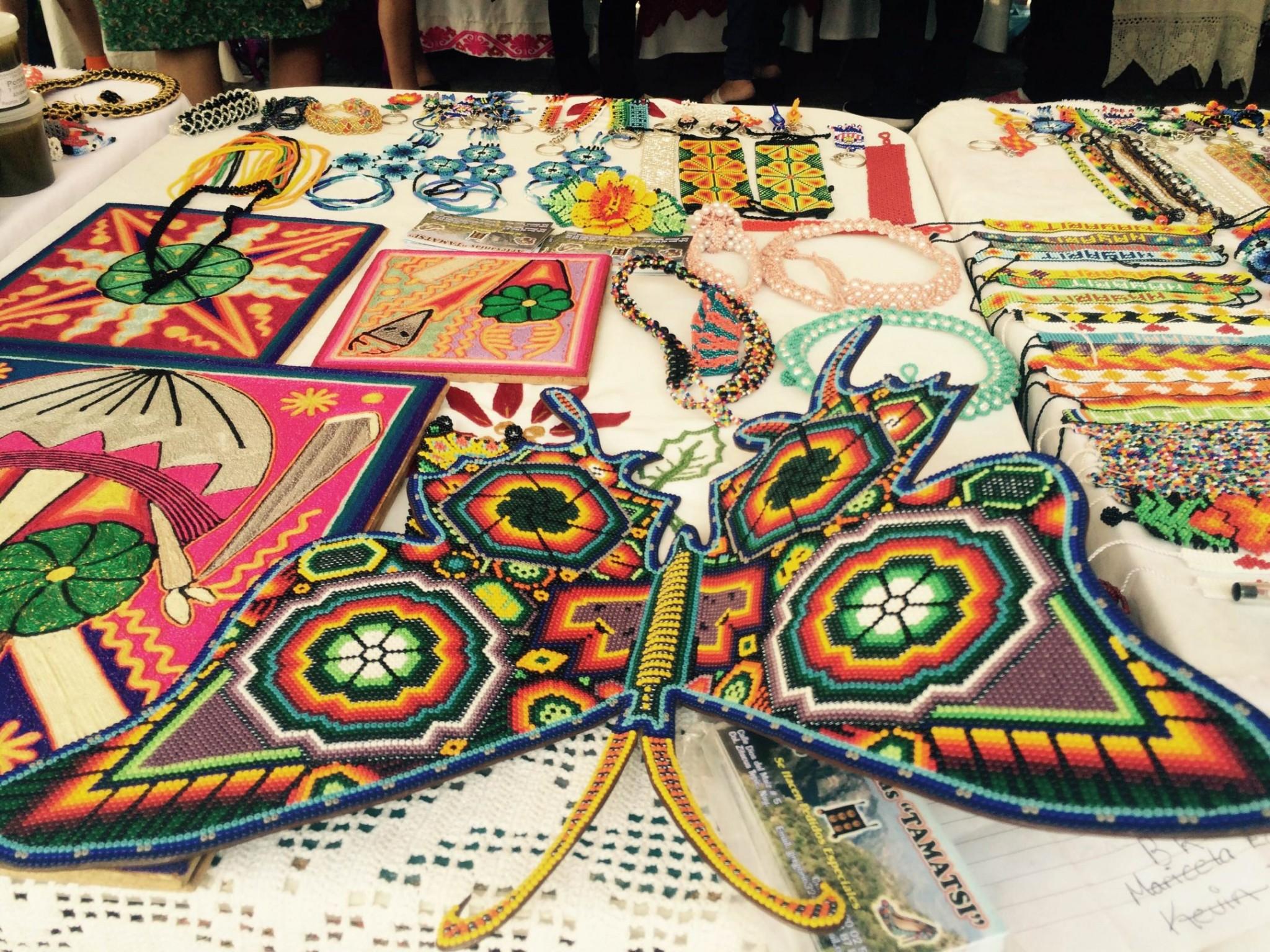 Artesanías Huicholes Atractivo Para Visitantes De Nayarit Mixed Voces