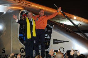 El avión Solar Impulse 2 aterrizó en la ciudad de Nanjing, en el este de China, su segunda parada en el país y la sexta en su aventura alrededor del mundo. Foto: Notimex