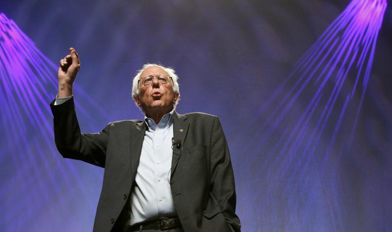 """Sanders llama a unidad con Clinton y proseguir """"revolución política"""""""