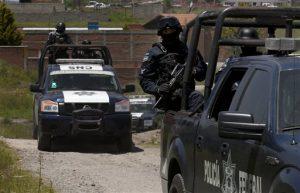 Las autoridades buscaban el lunes cualquier señal del narcotraficante más poderoso de México. Foto: AP