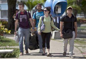 universidades estadounidenses planean viajes de estudios a Cuba y en ambos países se inician proyectos de investigación. Foto: AP